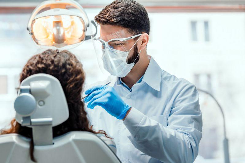 Especialização em Odontologia: o que levar em conta na hora de escolher minha pós-graduação?