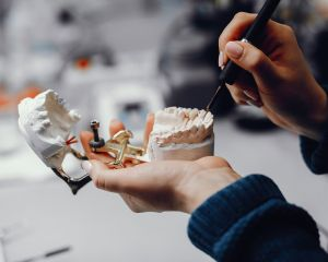 Impressão 3D na Odontologia: tudo que você precisa saber sobre essa tecnologia inovadora para seu consultório!